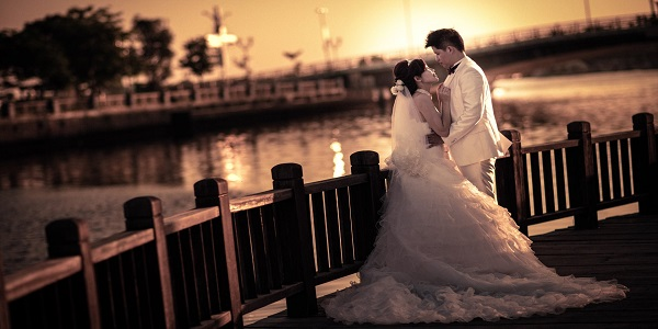 Solve Love Marriage problem by Professional